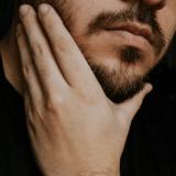 【もみあげ周囲・頬を無課金で追加】湘南美容外科のアレキサンドライト(14回目)、ゴリラクリニックのYAGレーザー(2,3回目)でひげ脱毛をしてきた